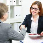 Cómo actuar durante una entrevista de trabajo